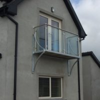 stainless steel and toughened glass balcony